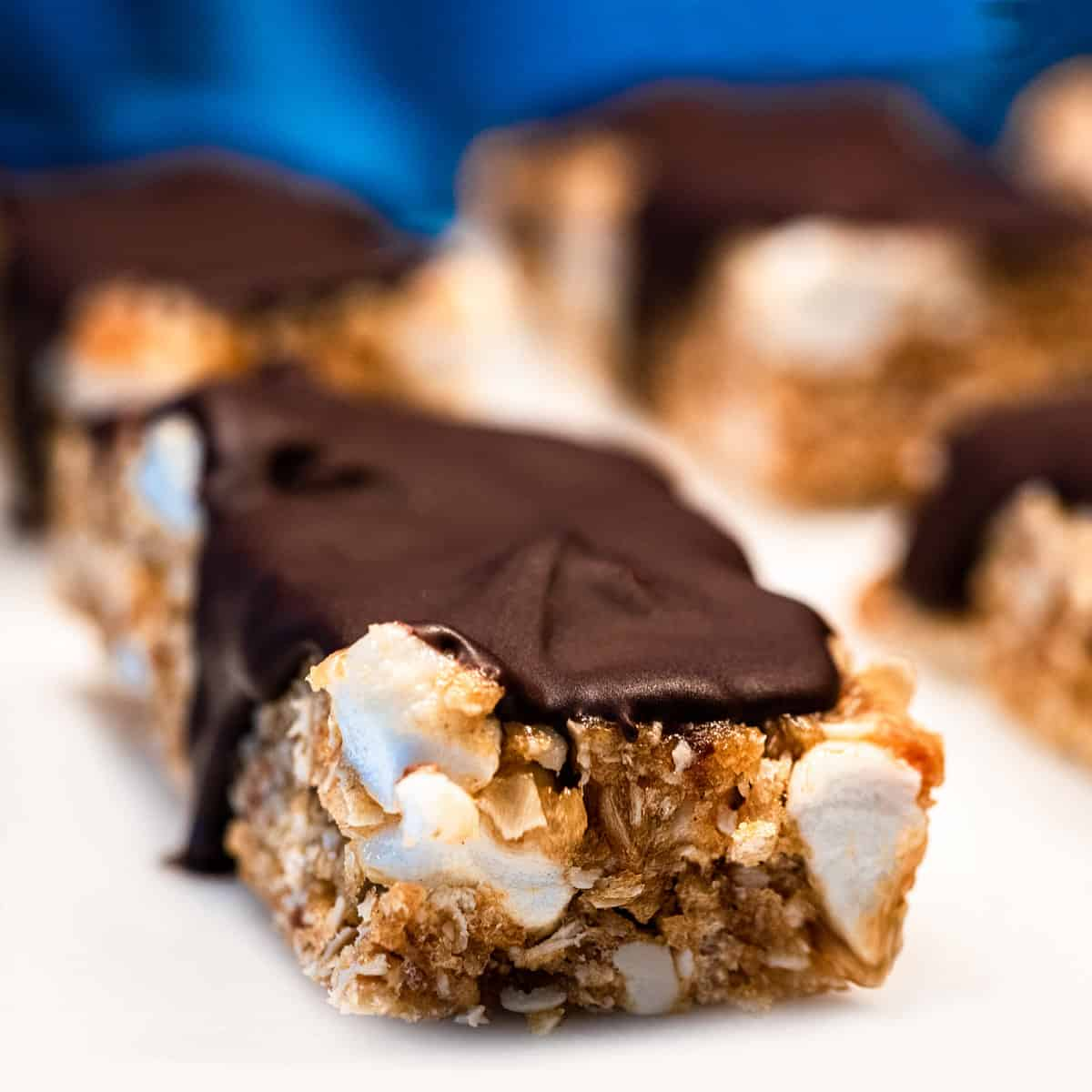 Up close view of a peanut butter s'mores bar.